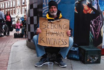 homelessman-holding-sign